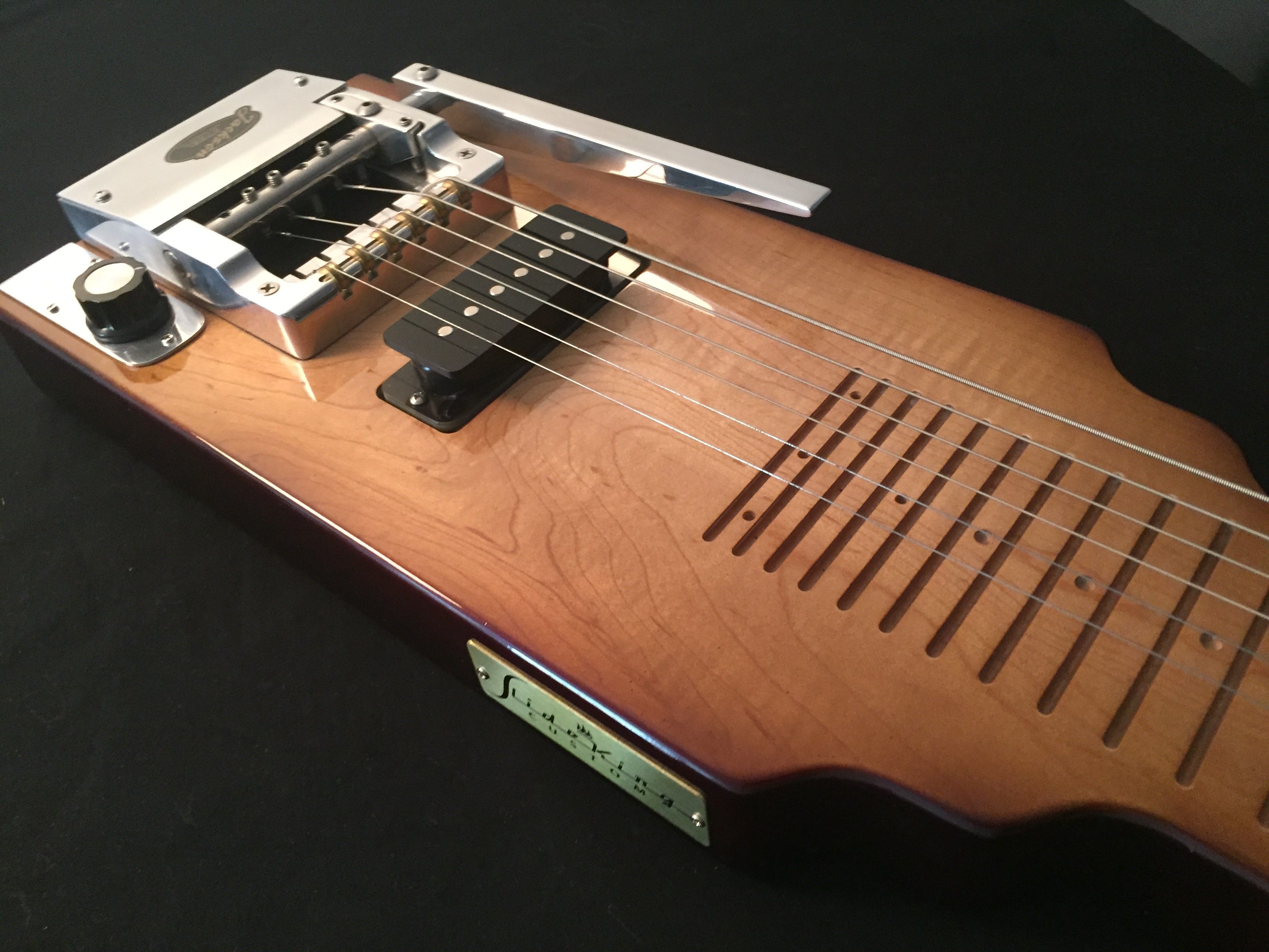 Lap Steel Guitar with The EDGE® Pitch Changer.